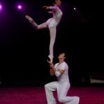CHINA NATIONAL ACROBATIC TROUPE (ZANG SHIBO & HAN YING) - CHINA - BALLET ON SHOULDERS